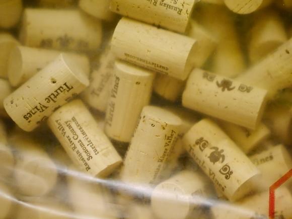 Close corks