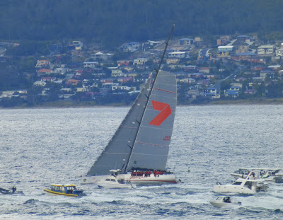 winner of yacht race-1
